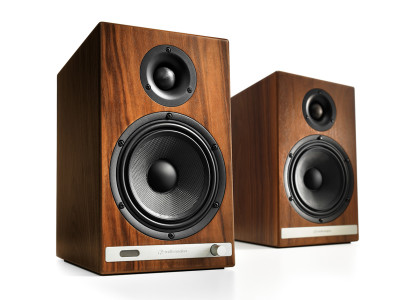 Back to the Future: Audioengine HD6 Powered Speaker System