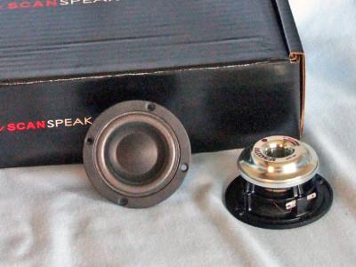 """Test Bench - Scan-Speak 5F/8422T01 2"""" Full-Range Driver"""