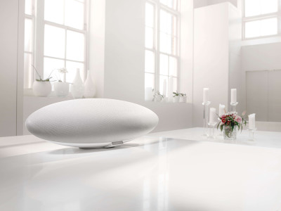 Improved Bowers & Wilkins Zeppelin Wireless Now Available in White