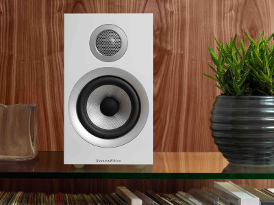 Bowers & Wilkins 700 Series Introduces New Technology to Classic Designs for the Home