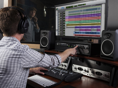 Apogee New Ensemble: A Powerful 30x34 Thunderbolt 2 Audio Interface