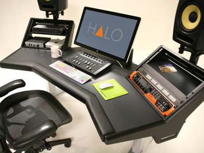 ARGOSY New HALO Customizable Compact Workstation With IsoAcoustics Aperta Stands