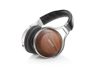 Denon Unveils New AH-D7200 Flagship Reference Over-Ear Headphones