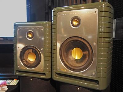 Klawitter Designs Elite Studio Monitor Speakers Campaign on Indiegogo