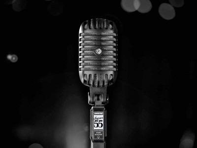 Shure Releases Super 55-BLK Deluxe Vocal Microphone Pitch Black Edition
