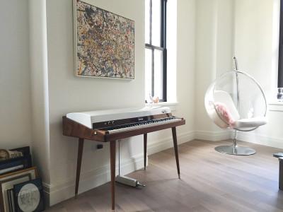Vintage Vibe Reveals Custom 'Walnut' Rhodes 88 Stage Piano Restoration
