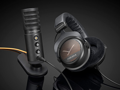 beyerdynamic Pairs TYGR 300 R Headphone with FOX Studio Microphone for Gaming Bundle