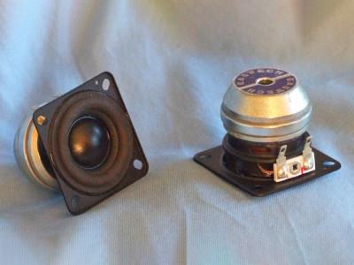 """Test Bench: Punktkilde FSB611015-1400 1.5"""" Full-Range Driver"""