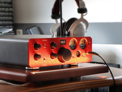 New Phonitor Xe Headphone Amplifier from SPL at High End 2019