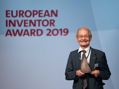 Lithium-Ion Battery Inventor Receives the European Inventor Award 2019