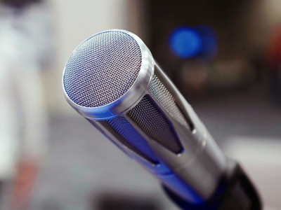 Professional Microphone Market to Exceed $1.8 Billion in 2019 with Corporate Segment Creating Growth Opportunities