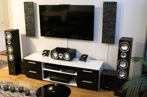 Top Four Emerging Trends Impacting the Global Home Theater