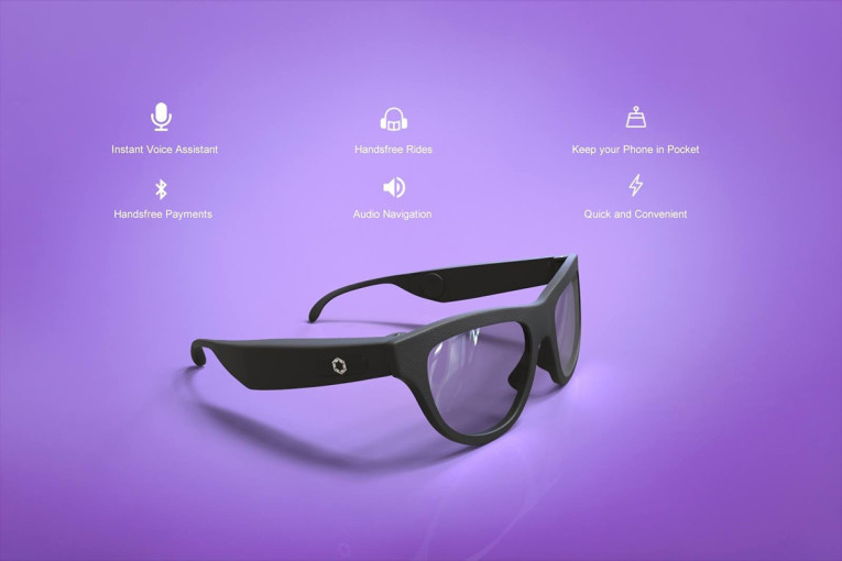 5484788e3d72 ... Loud glasses are equipped with a microphone, speakers and a trackpad,  allowing users to answer and control calls, listen to music, and access  voice ...