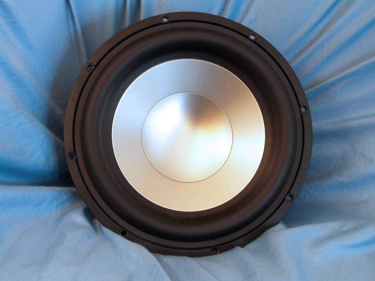 """Test Bench: The L26ROY 10"""" Subwoofer from SEAS 