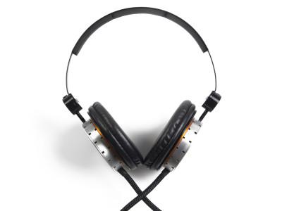 Flare Audio R1 Headphones: Something Completely New?