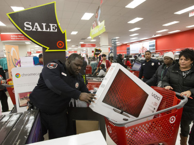 Tech Purchases over Black Friday and Cyber Monday Increase in 2014