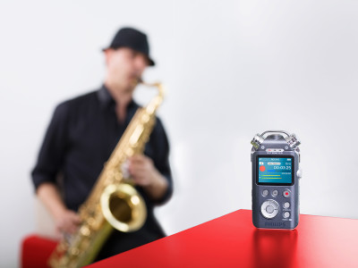 Philips Launches Brand-New Music and Voice Audio Recorder with Three Microphones