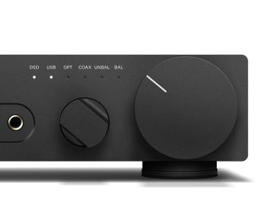 Sennheiser Introduces HDV 820 Fully Balanced Headphone Amplifier
