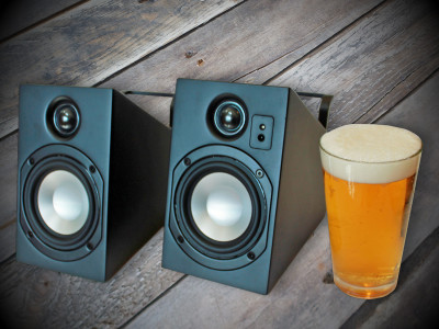 Driven by Function: Vanatoo Transparent Zero Wireless Powered Speakers