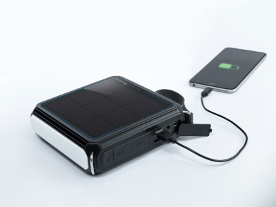 Renogy Unveils E.Tunes Splash Proof Portable Bluetooth Speaker with Integrated Solar Panel