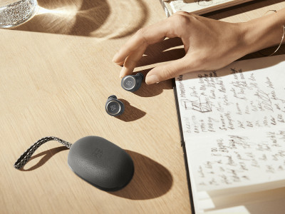 B&O PLAY Unveils Beoplay E8 True Wireless Earbuds using NFMI Technology