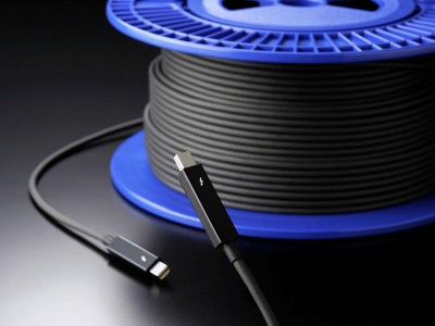 Corning Thunderbolt Optical Cables are now available in the European market