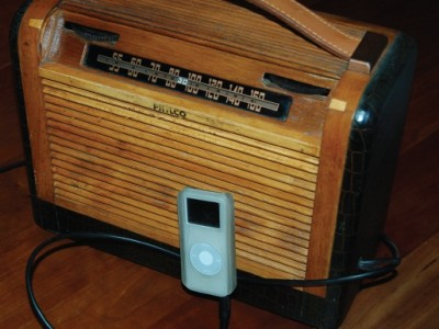 Simple Circuits: Turn a Vintage Tube Radio Into a Great Tube Amp!
