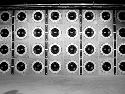 """Powersoft D-Cell504 IS Modules Drive Unique """"Wall of Bass"""""""