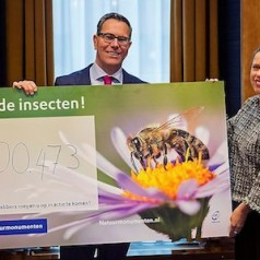 Natuurmonumenten mobiliseert bezorgde Nederlanders rond 'Red onze insecten'