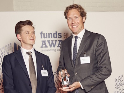 Gisteravond heeft KAS BANK de prijs voor beste marketingcampagne van het jaar in ontvangst mogen nemen bij de Funds Europe Awards in Londen.