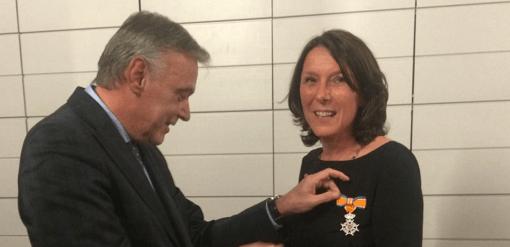 AnneMarie Calon, lid van de Raad van Toezicht van Stichting ALS Nederland, werd benoemd tot Ridder in de Orde van Oranje-Nassau.