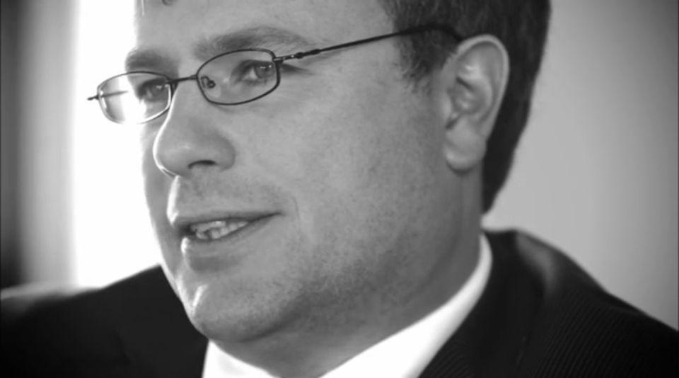Van wantrouwen naar vertrouwen:CBF wil graag uit ivoren toren