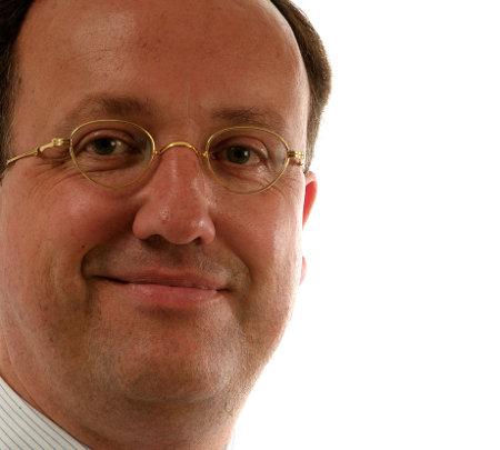 Koos Mink zal de werkzaamheden overnemen van de scheidende directeur Arend Jan Zwart.