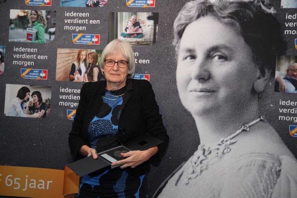 Afgelopen jaar ontving Prof. dr. Liesbeth de Vries de Muntendamprijs vanwege haar uitzonderlijke bijdrage aan de kankerbestrijding.