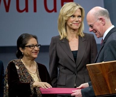 Roland Berger Foundation reikt miljoen uit voor vrouwenrechten