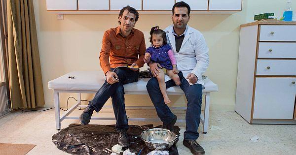 Syrische artsen ontvangen Van Heuven Goedhart-penning 2014