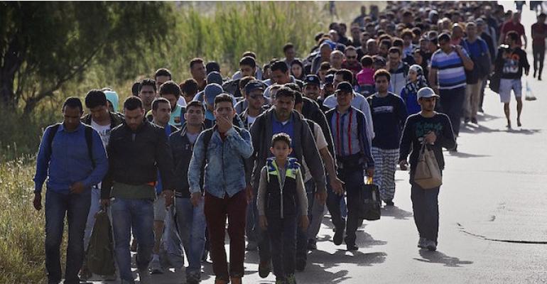 Stevige tekst: 'Allemaal vinden we dat kleine meisjes niet horen rond te drijven in de Middellandse Zee.'