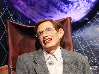 'Angstgoeroe' Stephen Hawking wil verkassen naar Mars omdat we nog maar 100 jaar op aarde hebben. Volgens Bodelier nemen we alle problemen dan gewoon mee.