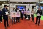 UniSwarm gewinnt den 1. Preis beim Elektor Start-up-Wettbewerb in Paris