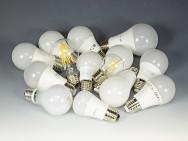 Elektor heeft 14 LED-lampen onderzocht op storingen.