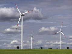 Google invests $100 million in renewable energy