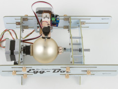 Decorate your Christmas Ornaments with the Elektor Eggbot