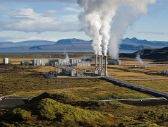 Image: The Nesjavellir Geothermal Power Plant in Þingvellir, Iceland. Public Domain. Source: Wikimedia.