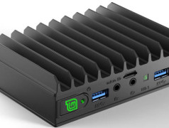 Fanless quad-core 'brick' computer runs Linux Mint
