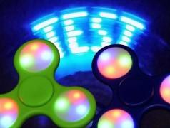 Make a POV fidget spinner