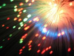 """""""Li-Fi"""": Drahtloser Datentransfer per Licht vor Marktreife"""