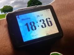 Die eigene Smartwatch selbst bauen und programmieren