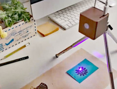 Lasergravierer in Aktion. Bild: Cubiio Muherz.