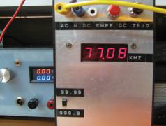 mini-fréquencemètre d'Elektor