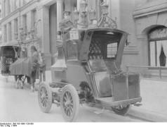 1904, véhicule électrique. Avec l'aimable autorisation de Bundesarchiv.